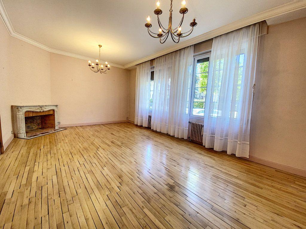 Appartement à vendre 5 182.25m2 à Orléans vignette-4