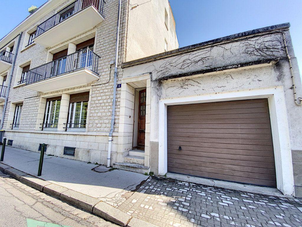 Appartement à vendre 5 182.25m2 à Orléans vignette-10