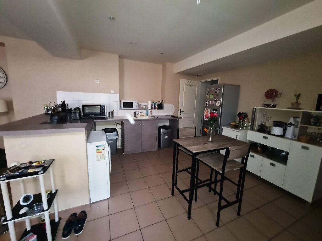 Appartement à louer 2 46.89m2 à Orléans vignette-2