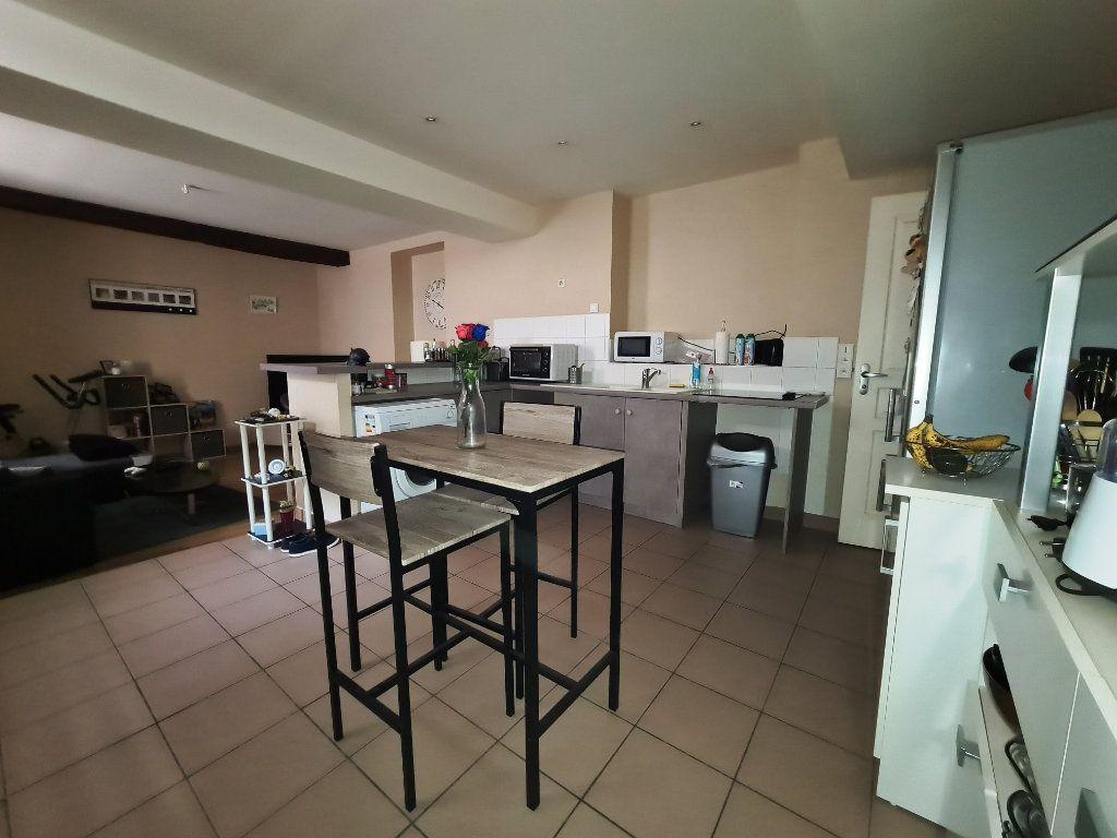 Appartement à louer 2 46.89m2 à Orléans vignette-3