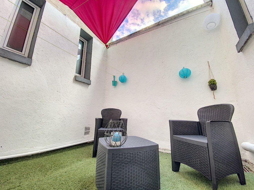 Appartement à louer 2 49.78m2 à Orléans vignette-1