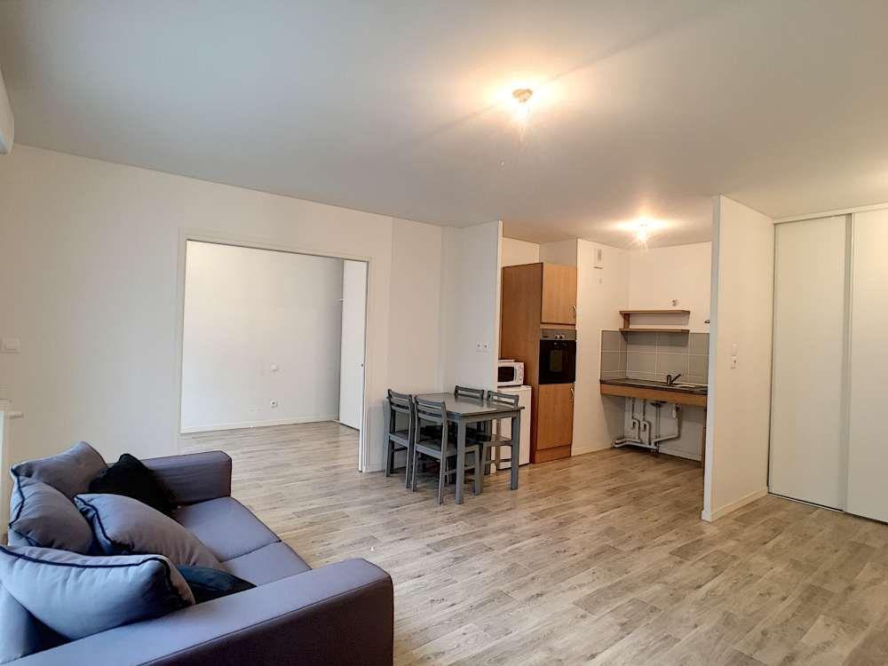 Appartement à louer 2 45.94m2 à Orléans vignette-3