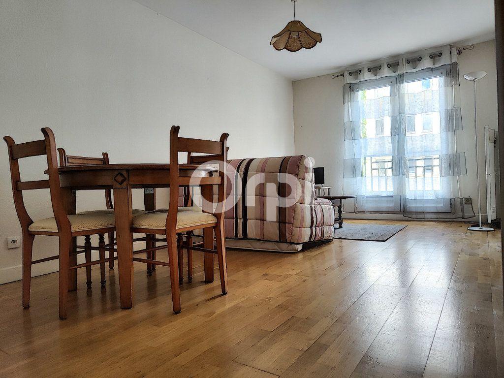 Appartement à louer 2 34.99m2 à Orléans vignette-3