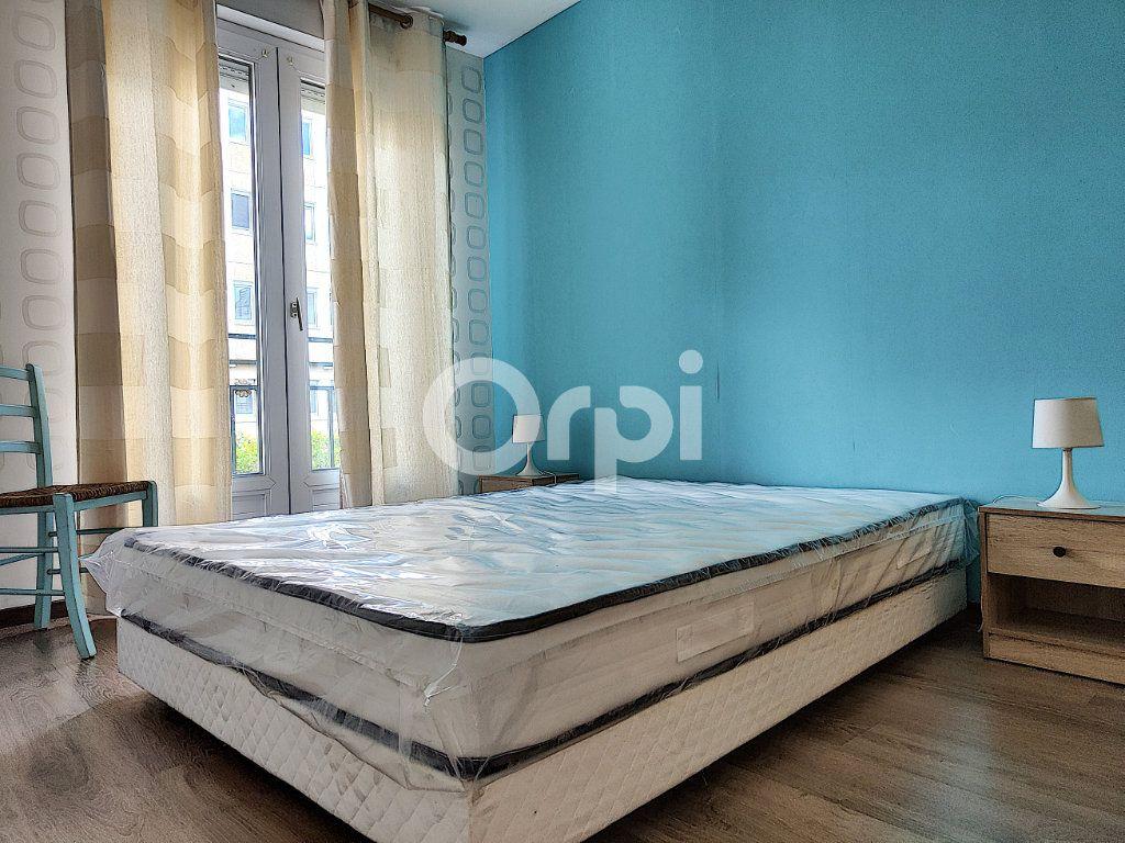 Appartement à louer 2 34.99m2 à Orléans vignette-4
