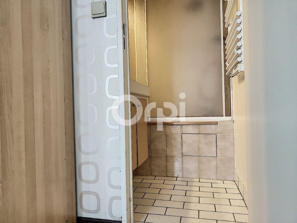 Appartement à louer 2 34.99m2 à Orléans vignette-5