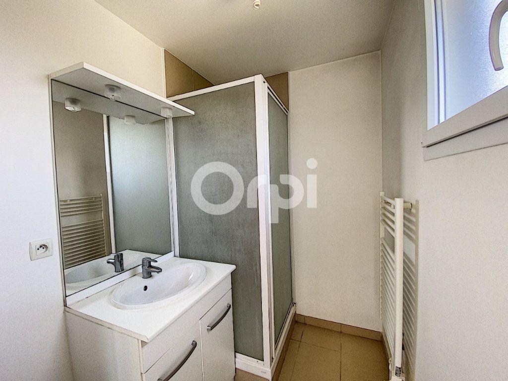 Appartement à louer 2 47.84m2 à Saint-Jean-de-Braye vignette-5