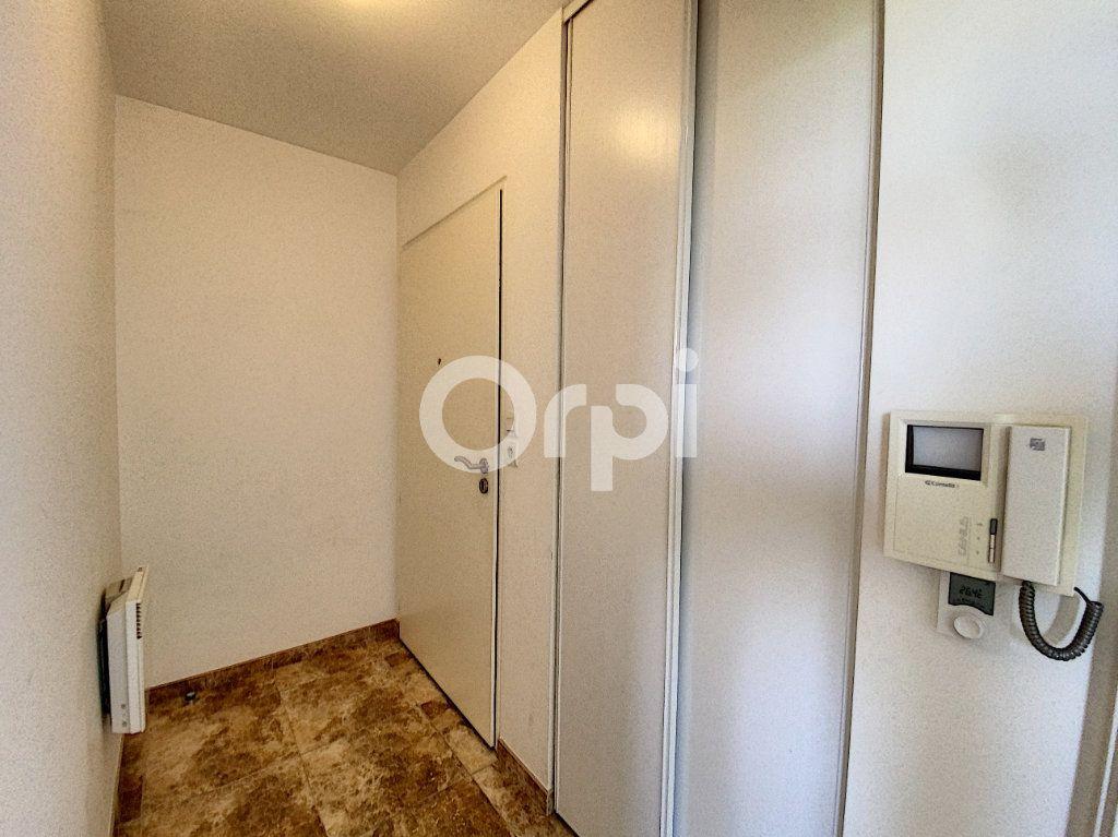 Appartement à louer 2 47.84m2 à Saint-Jean-de-Braye vignette-9
