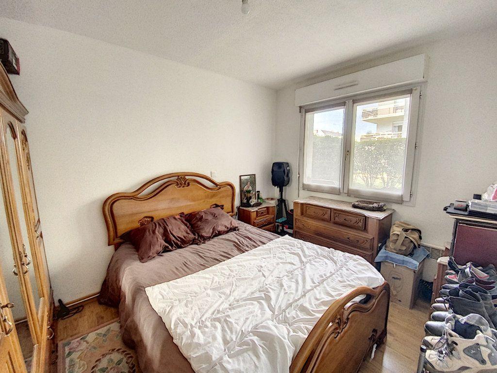 Appartement à louer 2 37.68m2 à Orléans vignette-4