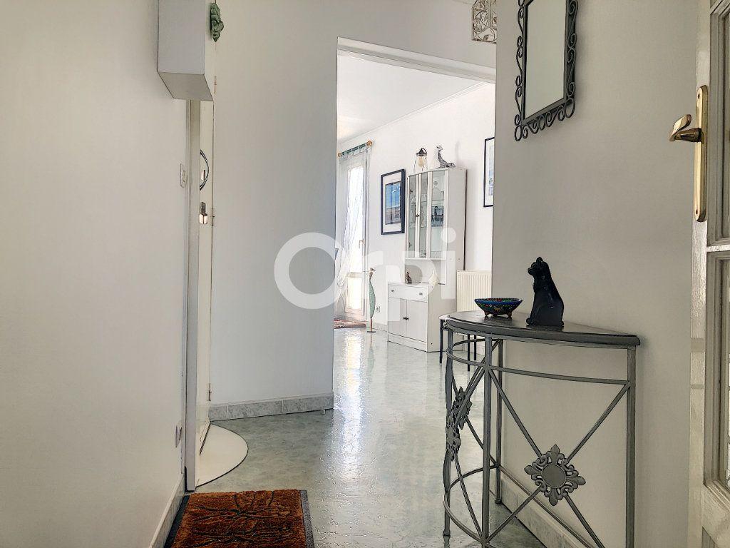Appartement à louer 4 83.1m2 à Saint-Jean-de-la-Ruelle vignette-12