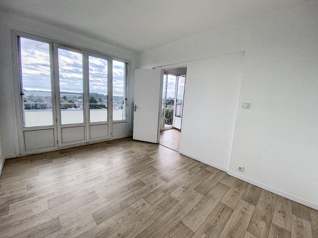 Appartement à louer 2 43.98m2 à Olivet vignette-4