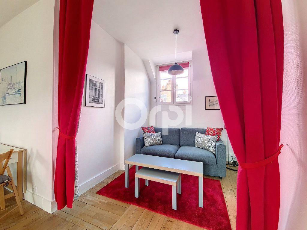 Appartement à louer 2 56.1m2 à Orléans vignette-2