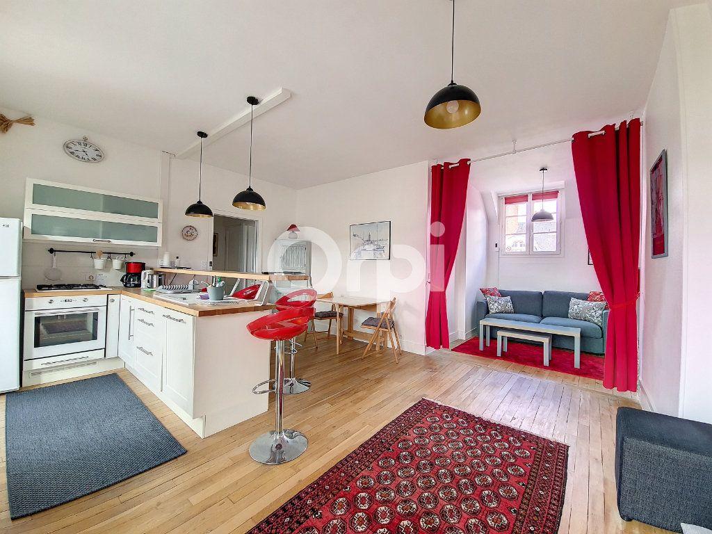 Appartement à louer 2 56.1m2 à Orléans vignette-5