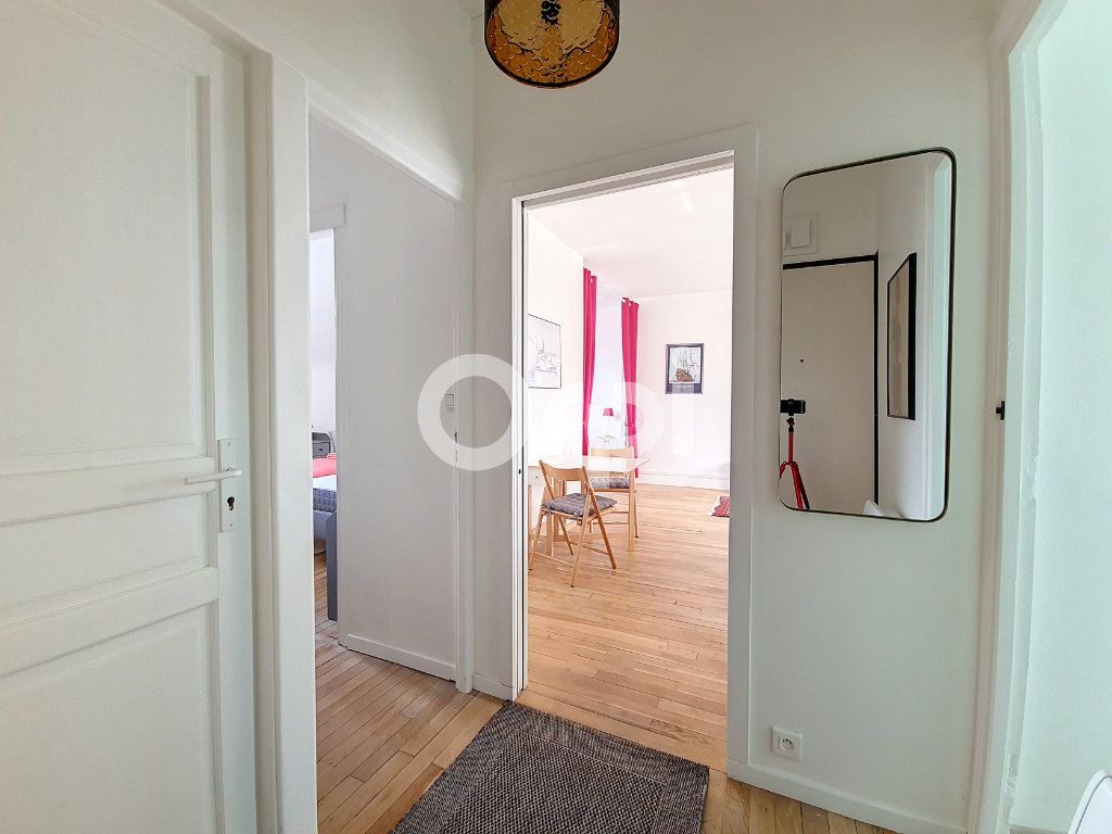 Appartement à louer 2 56.1m2 à Orléans vignette-9