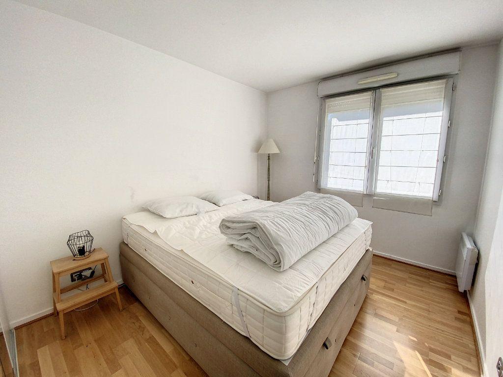 Appartement à louer 3 60.28m2 à Cachan vignette-4