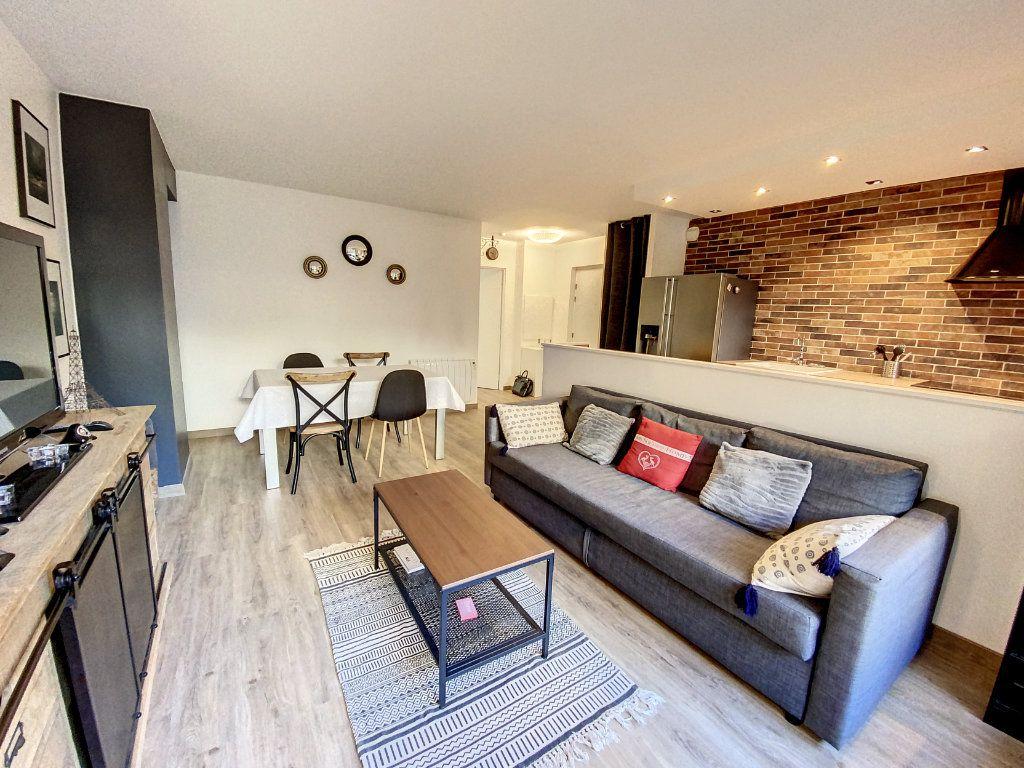 Appartement à louer 3 60.28m2 à Cachan vignette-10