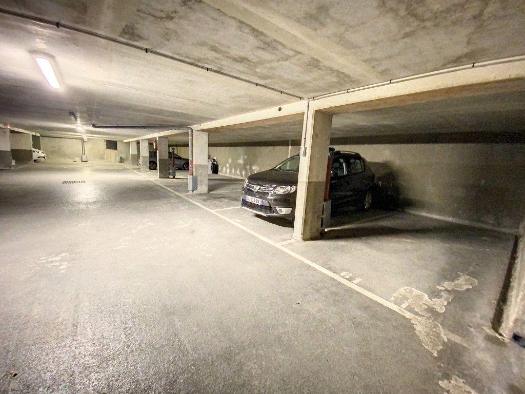 Appartement à louer 3 60.28m2 à Cachan vignette-13