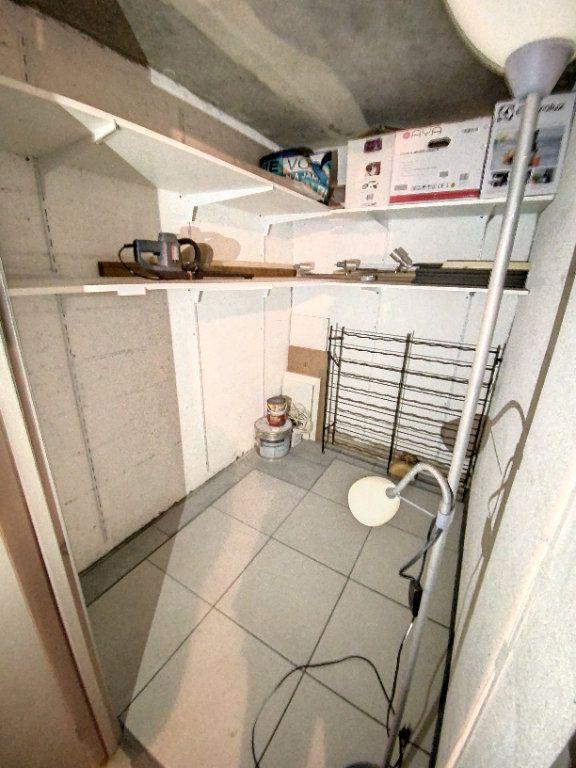 Appartement à louer 3 60.28m2 à Cachan vignette-14