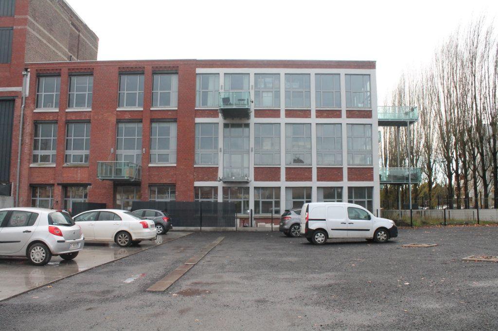 Appartement à vendre 3 72.67m2 à Lille vignette-6