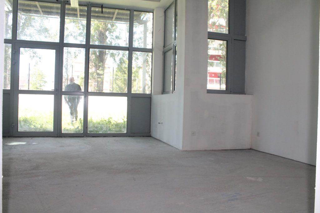Appartement à vendre 3 72.67m2 à Lille vignette-5
