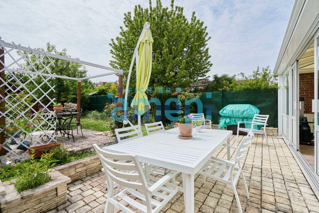 Maison à vendre 5 128m2 à Mons-en-Baroeul vignette-1