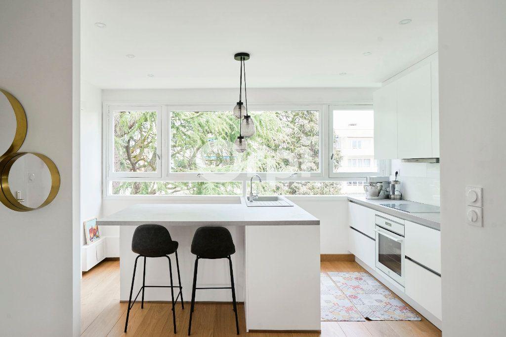 Appartement à vendre 3 83m2 à Marcq-en-Baroeul vignette-3