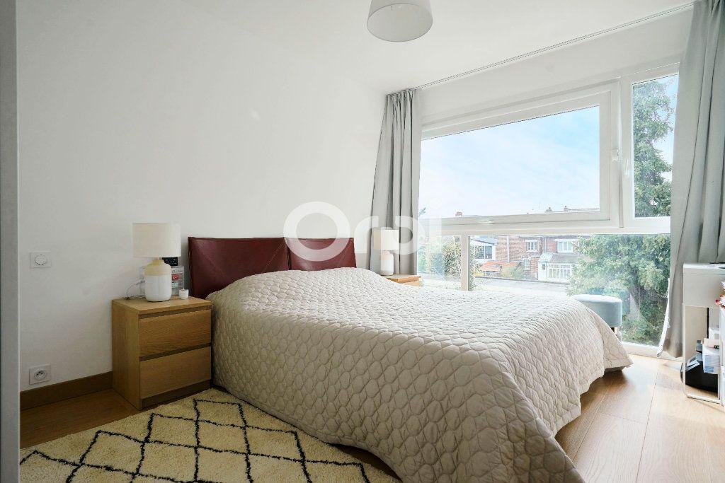 Appartement à vendre 3 83m2 à Marcq-en-Baroeul vignette-4