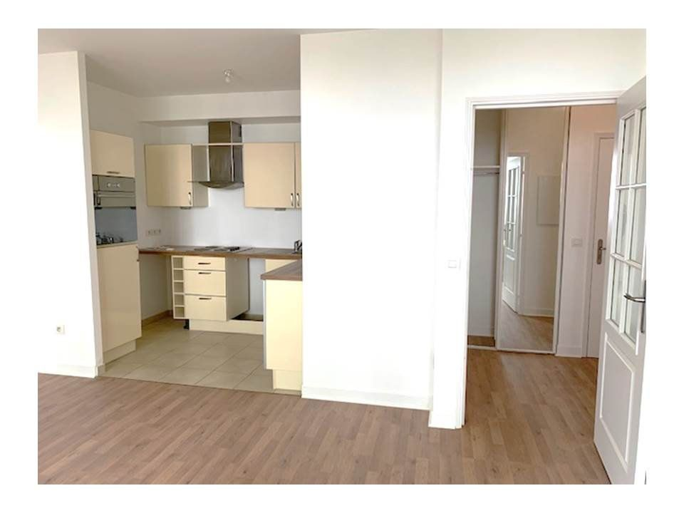 Appartement à louer 2 41.62m2 à Garches vignette-2