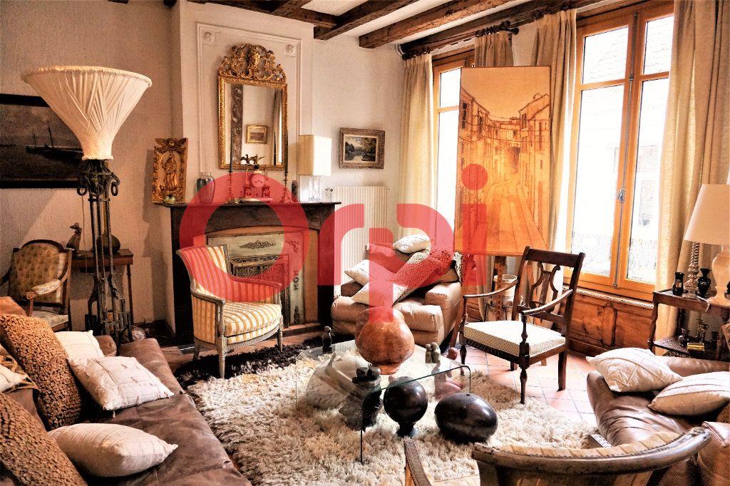 Appartement à vendre 4 200m2 à Saint-Omer vignette-1