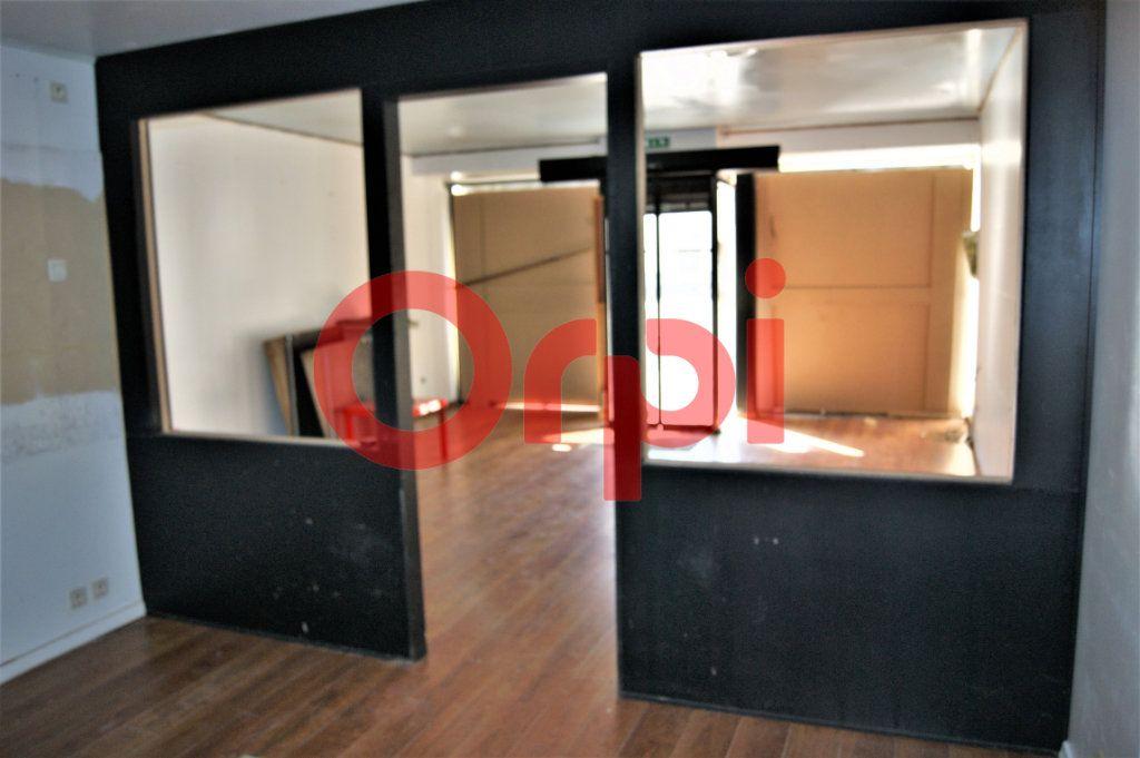 Immeuble à vendre 0 230m2 à Saint-Omer vignette-2