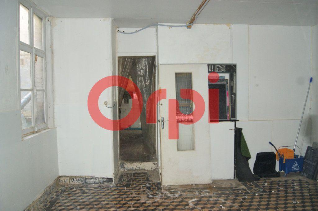 Immeuble à vendre 0 230m2 à Saint-Omer vignette-3