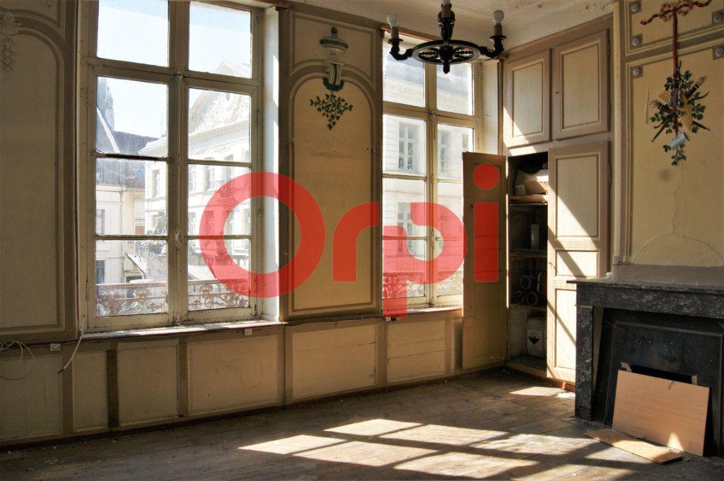 Immeuble à vendre 0 230m2 à Saint-Omer vignette-4