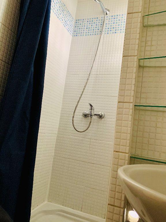 Appartement à louer 2 28.38m2 à Boulogne-Billancourt vignette-6