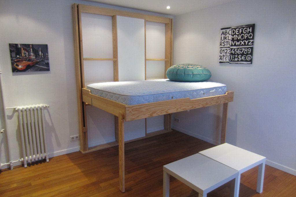 Appartement à louer 1 22.5m2 à Boulogne-Billancourt vignette-3