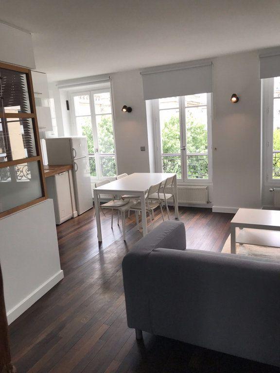Appartement à louer 2 34m2 à Boulogne-Billancourt vignette-2