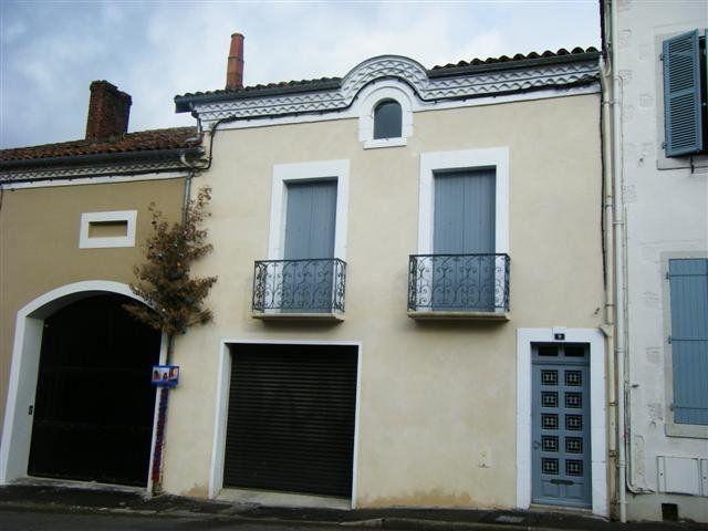 Maison à louer 4 114.6m2 à Saint-Sever vignette-1