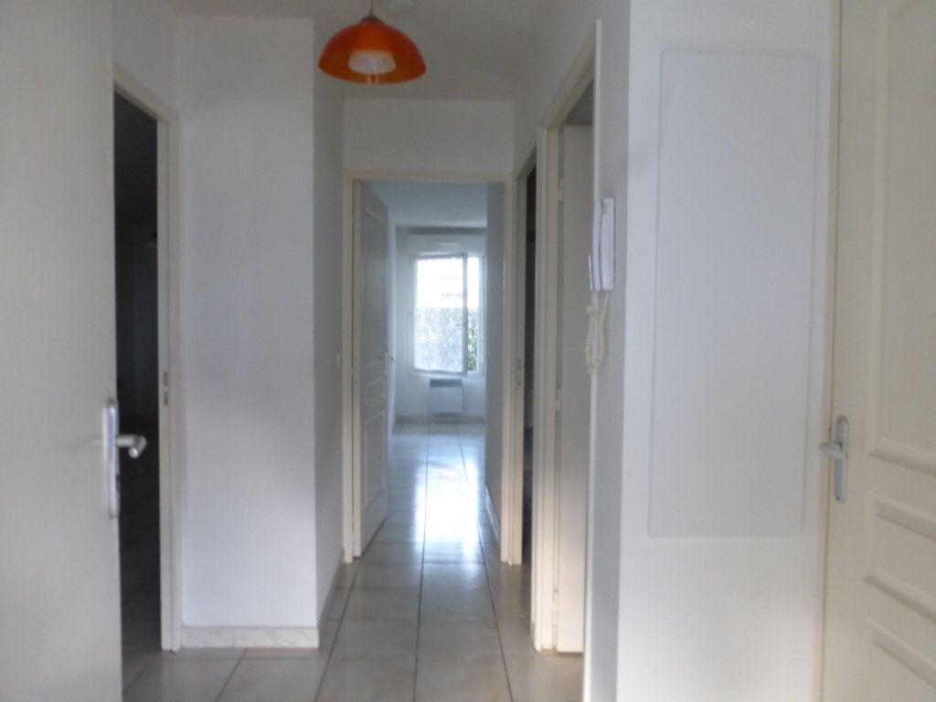 Appartement à louer 2 47m2 à Saint-Sever vignette-7
