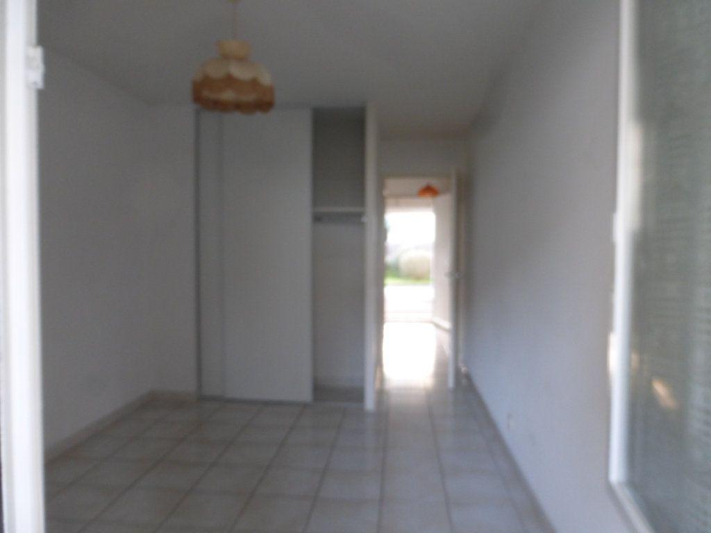 Appartement à louer 2 47m2 à Saint-Sever vignette-8