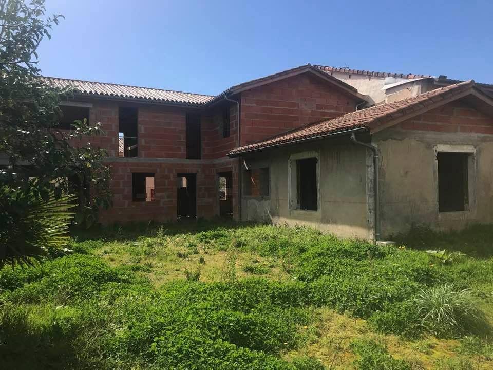 Maison à vendre 6 200m2 à Saint-Sever vignette-1