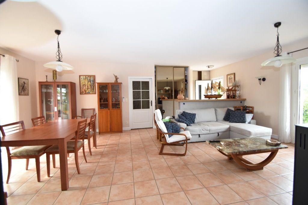 Maison à vendre 6 120m2 à Hagetmau vignette-6