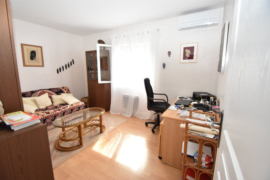 Maison à vendre 6 120m2 à Hagetmau vignette-11