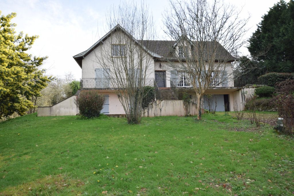 Maison à vendre 8 165m2 à Hagetmau vignette-1