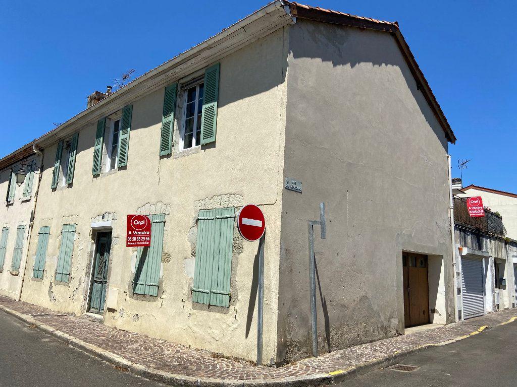 Maison à vendre 5 137m2 à Saint-Sever vignette-1