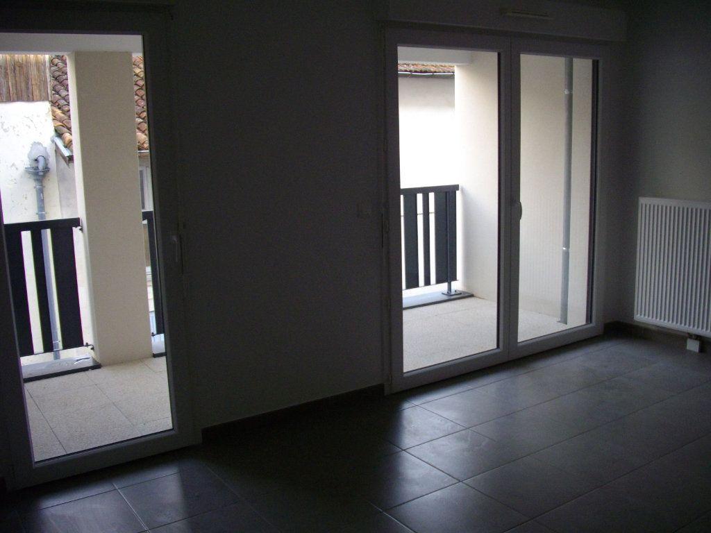 Appartement à vendre 2 47.73m2 à Mont-de-Marsan vignette-3