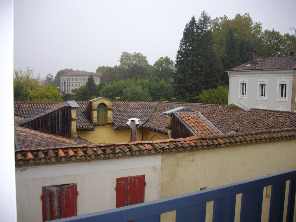Appartement à vendre 3 58.68m2 à Mont-de-Marsan vignette-1