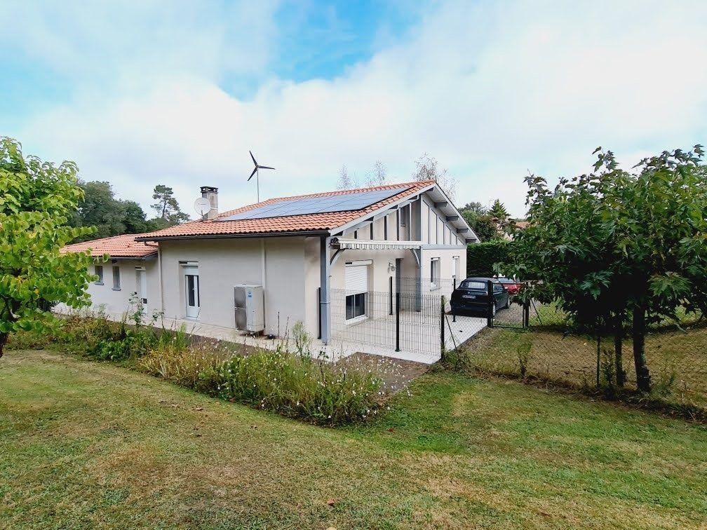 Maison à vendre 6 180m2 à Mont-de-Marsan vignette-1