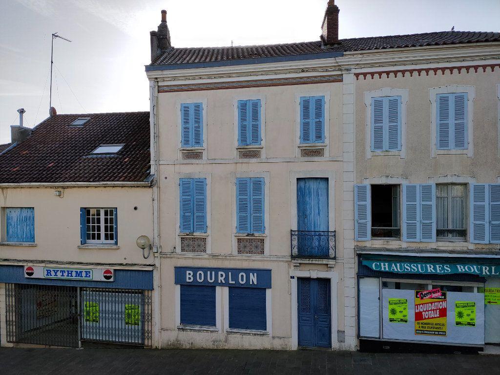 Maison à vendre 7 160m2 à Saint-Sever vignette-1