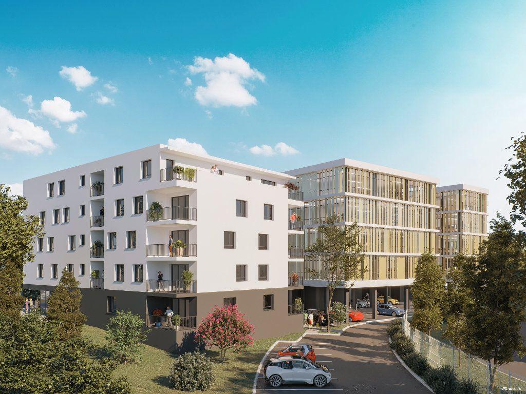 Appartement à vendre 3 60.92m2 à Mont-de-Marsan vignette-1