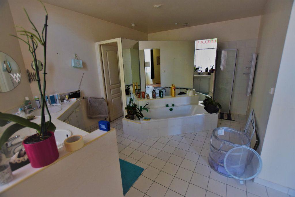 Maison à vendre 10 385m2 à Saint-Sever vignette-9