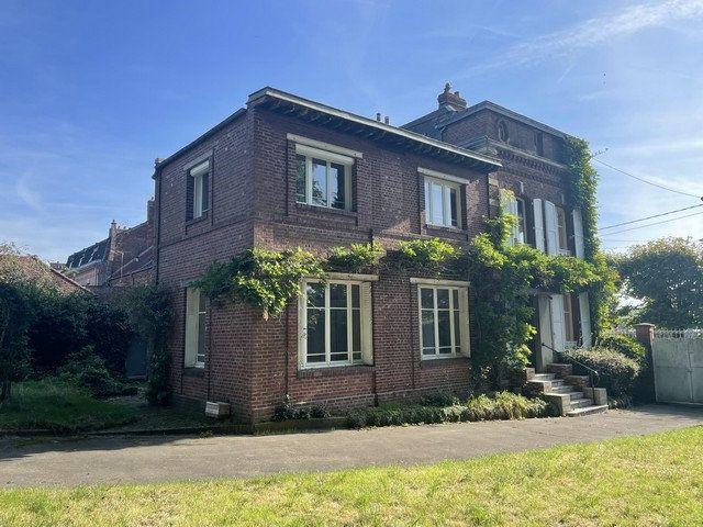 Maison à vendre 8 240m2 à Saint-Just-en-Chaussée vignette-1