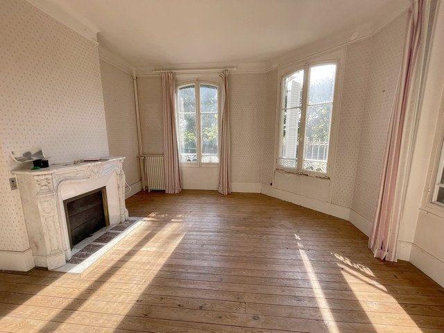Maison à vendre 8 240m2 à Saint-Just-en-Chaussée vignette-2